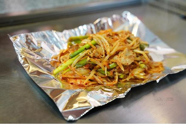 豚キムチ(税込 650円)はかなりピリ辛な味付け