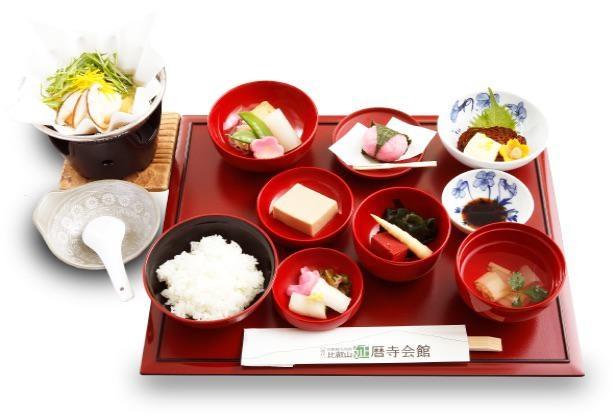 延暦寺会館の比叡御膳(2200円)