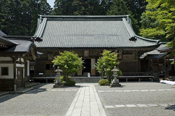 またの名を四季講堂とも呼ばれる元三大師堂