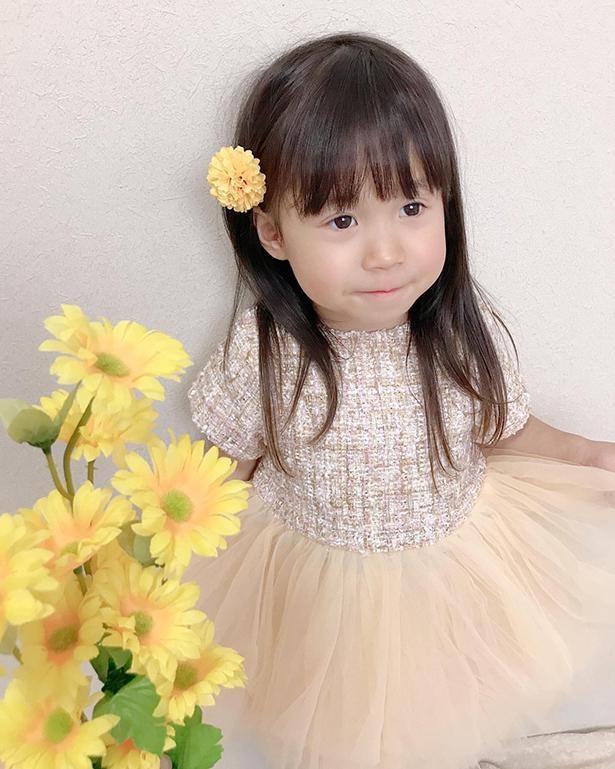 黄色のドレスでおめかし