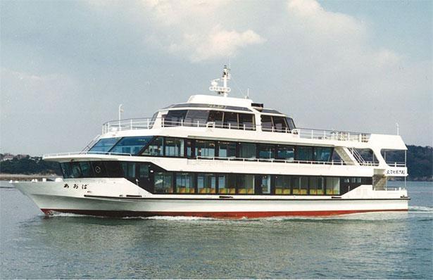 遊覧船での島巡りは松島のおすすめコンテンツの1つ※写真は丸文松島汽船(あおば)