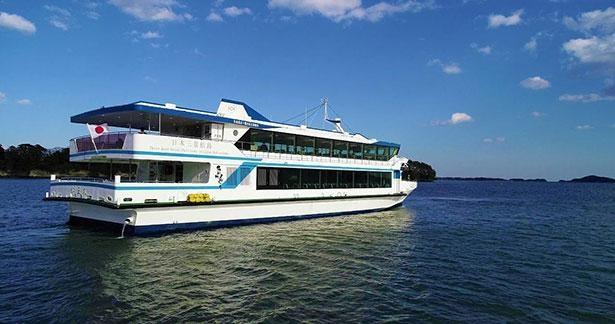 松島の景観を間近で堪能できるのが遊覧船の醍醐味※写真は松島島巡り観光船(仁王丸)