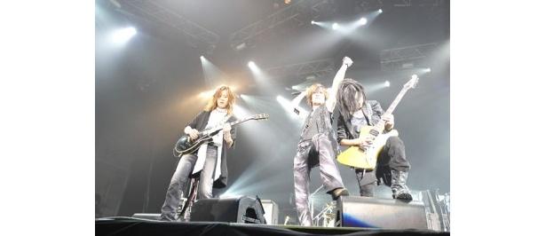 2006年の解散以来、メンバー揃ってのステージは初!
