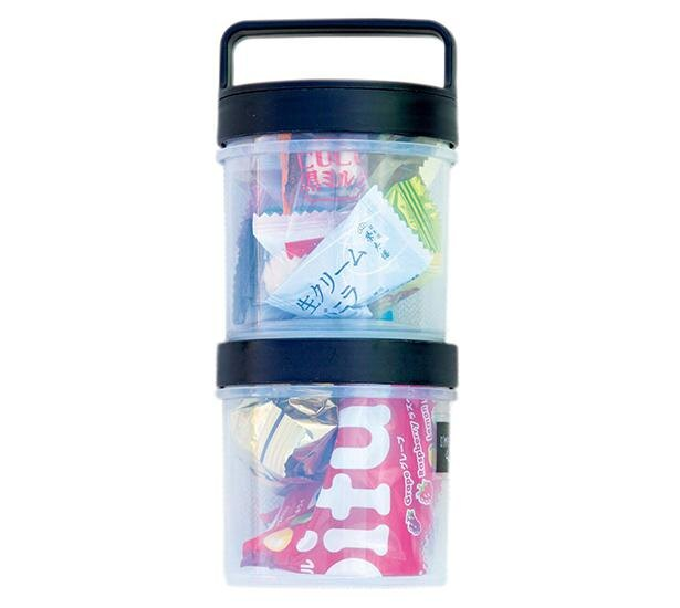 荷物を減量するため、必要な量をSeriaのストックボトルに詰め替えている。連結できるのでザックの中で迷子にならなくて便利