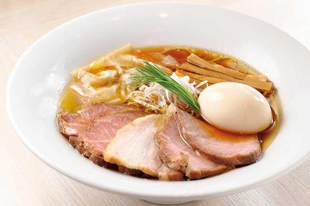 数種をブレンドした醤油ダレはキレとコクがある「特製 中華蕎麦<醤油>」