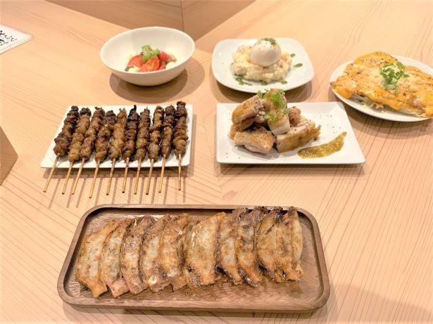 福岡名物の餃子と焼鳥の「博多やまや」
