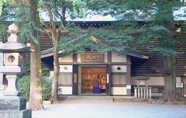 神社にまつわる神具などを展示してある宝物館の入り口