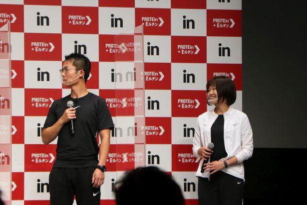"""イベントで櫻井は、トレーナー指導のもと""""おうちでもできるトレーニング""""にチャレンジ"""
