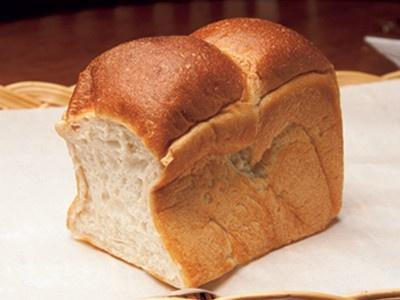 米粉食パン(1斤336円)。和食の食材ともよく合う。 「ブーランジェリー ケ・サラ」(横浜市青葉区)