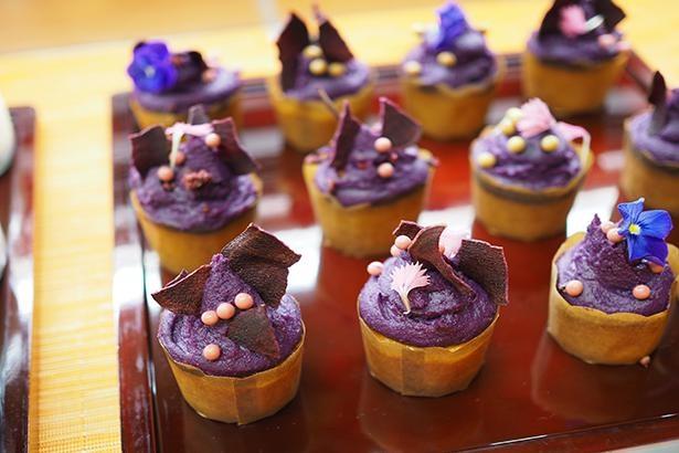 紫芋のカップケーキ