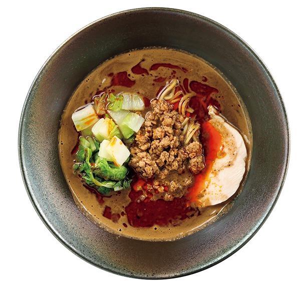 「黒ごま担々麺」(税込1100円)は、ビスクスープに黒ゴマと山椒を合わせた、刺激的な味わいの一杯 /「Malcon men ~le sel~」