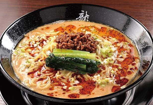 3種類のゴマとラー油を合わせた「四川担々麺」(780円) /「四川担々麺 龍鳳」