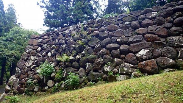仙台城の石垣の様子
