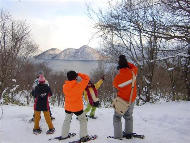 冬期はスノーシューイングが楽しめる施設も