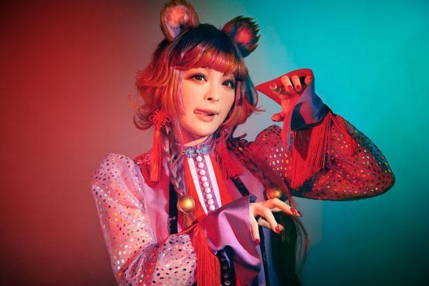「バーチャル渋谷 au 5G ハロウィーンフェス」のオープニングを飾る、きゃりーぱみゅぱみゅ