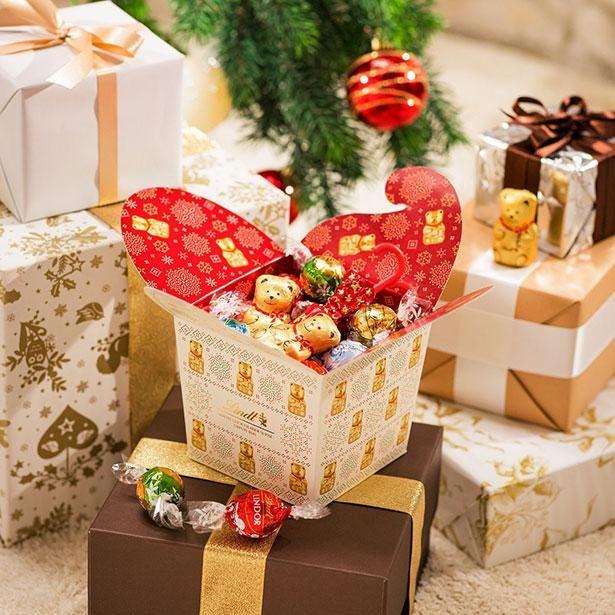 おなじみの「リンドール」から期間限定フレーバー、クリスマスケーキまでが勢ぞろいの「クリスマスコレクション」