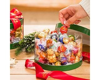 """リンツに期間限定「クリスマスコレクション」が登場 とっておきのチョコレートで""""おうちクリスマス""""を楽しく贅沢に"""
