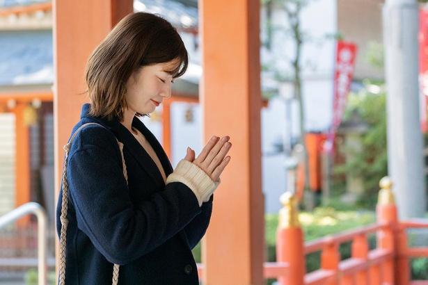 朱塗りの美しい拝殿を参拝しよう/長岡天満宮