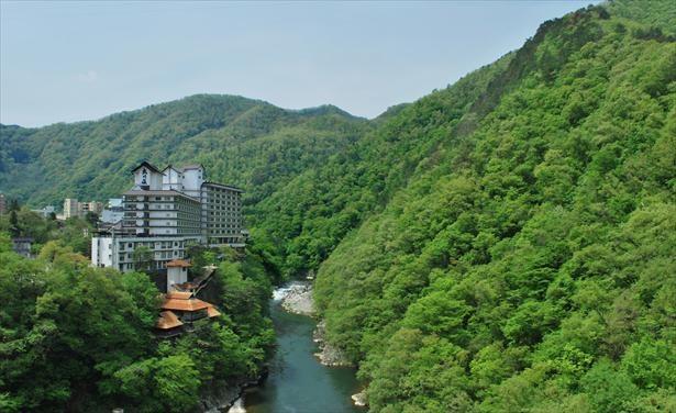 芦ノ牧温泉は雄大な自然に囲まれたことでも人気の温泉地