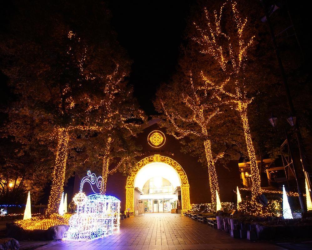 鉱山観光のテーマパークが光り輝く、愛媛県新居浜市のマイントピア別子でイルミネーション点灯を実施
