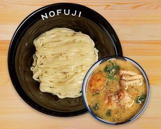 ラーメンWalker北海道のスペシャル企画!ホワイトソースを加えた限定麺が登場