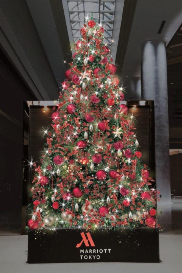 きらびやかなクリスマスツリーは圧巻