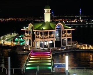 美しい港の夜景を演出!神奈川県横浜市で「パシフィコ横浜ウィンターイルミネーション 2020」が開催中