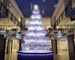 横浜駅直結「横浜スカイビル」が6メートルツリー&イルミでクリスマスモードに!お得なキャンペーンも開催