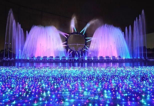 日本屈指の噴水ショーは迫力満点!※画像はイメージ