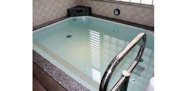 「さら湯」を上回る保湿力で入浴後の温感も長く続くという「高濃度炭酸風呂」