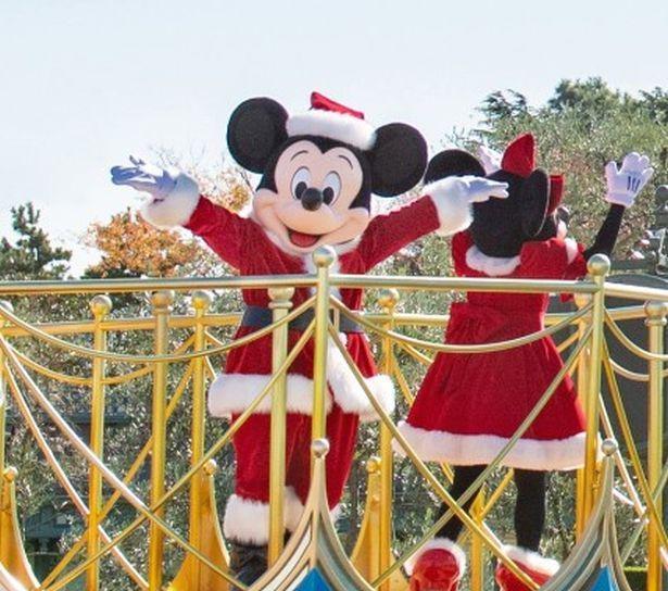 東京ディズニーランドで実施する「ミッキー&フレンズのグリーティングパレード クリスマスver.」