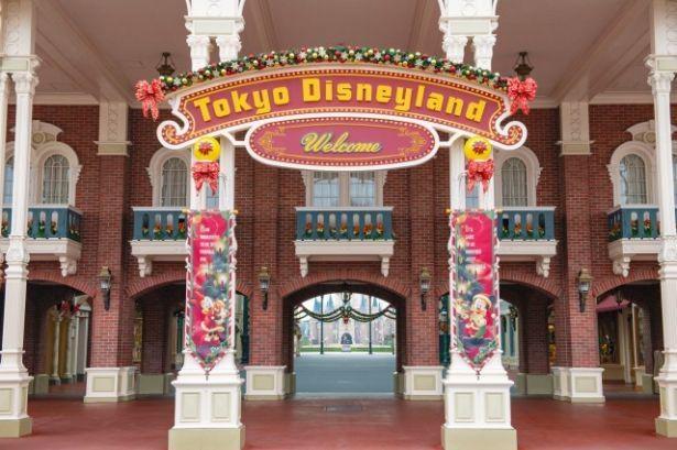東京ディズニーランドの入り口