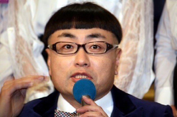 永島聖羅の師匠・イジリー岡田の❝高速ベロ❞はなんと10秒間に86回!