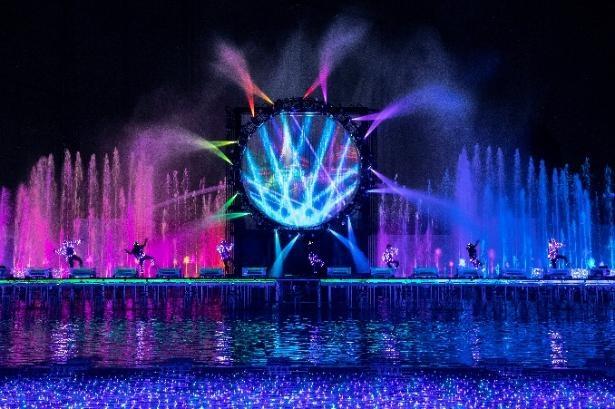 噴水ショーはタンザナイト・エリアに登場