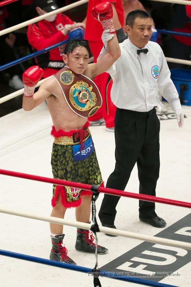 11回TKOで勝利した森武蔵選手