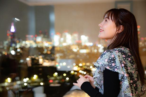 客室から望む新宿の夜景にうっとり