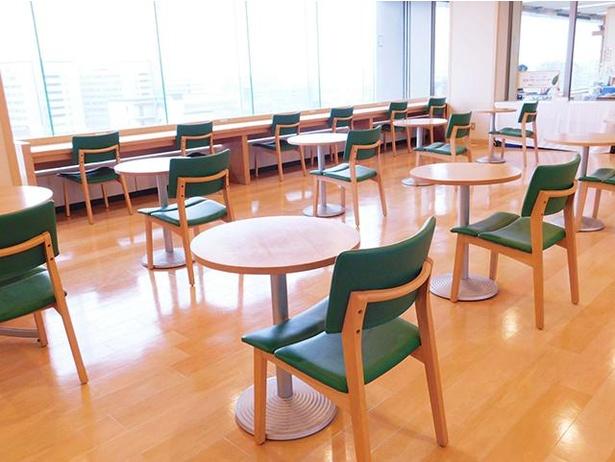 よかもんカフェ / 福岡湾を一望できる展望のよさも自慢