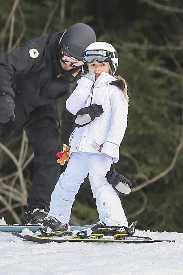 【写真を見る】スキー中も指しゃぶり?