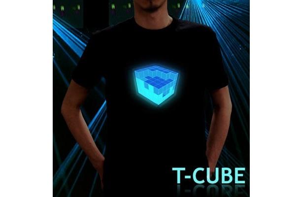 キューブが音に反応する「T-Cube」(¥3990)