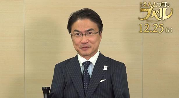 作家、MCなどタレント活動のほか、プロサッカー選手・本田圭佑が発起人となり発足したサッカーチーム「Edo All United」のGMも務める乙武洋匡
