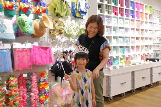 商品は大人から子どもまで楽しめるラインナップ