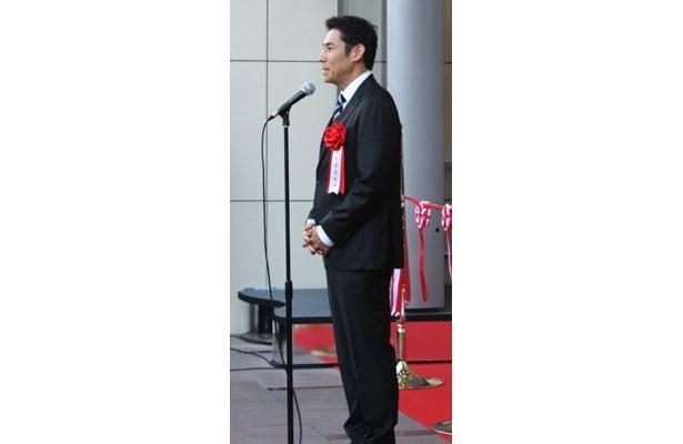 イメージキャラクターをつとめる俳優の高嶋政伸さん