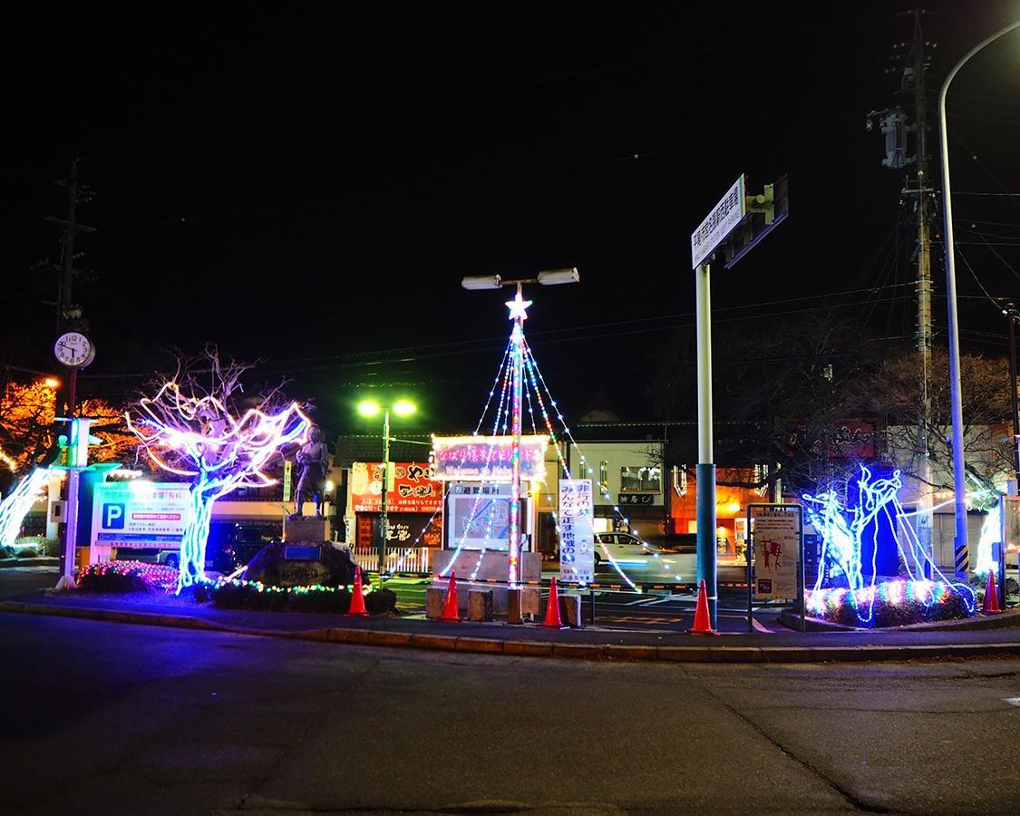 名張駅をみんなで盛り上げよう、三重県の名張駅前で「2021 なばり嬉来てピリオド」開催