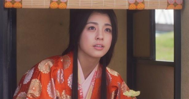 第5話「エキストラのロケ弁」に出演する柳ゆり菜