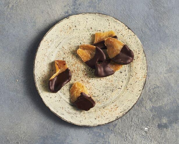 川合径氏が手掛ける「新生姜と月桃のチョコレート」
