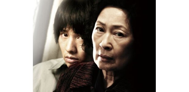 """""""韓国の母""""と言われるキム・ヘジャと、韓国四天王のウォンビンが共演!"""