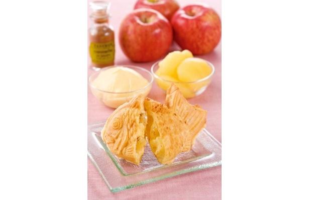 フランスの「アップルシナモン」(180円)は、バニラビーンズ入りの特製カスタードクリームに、シナモンをたっぷりあえたリンゴの糖蜜漬けをトッピング