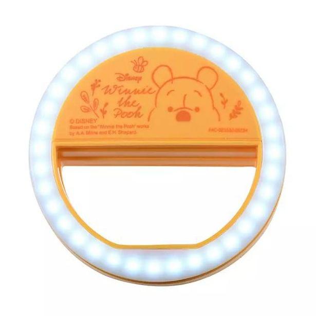 【写真】オンライン会議のときの照明として使えるくまのプーさんの「クリップライト」ほか、便利グッズが多数!