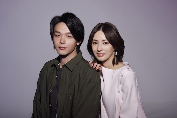 【写真】『ファーストラヴ』で共演した北川景子と中村倫也