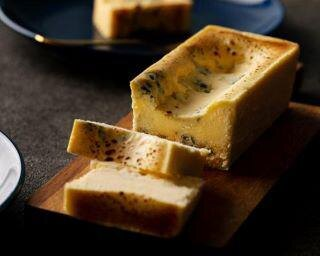 ブルーチーズケーキ専門店『青』が大阪初上陸!濃厚さととろける食感にリピーター続出